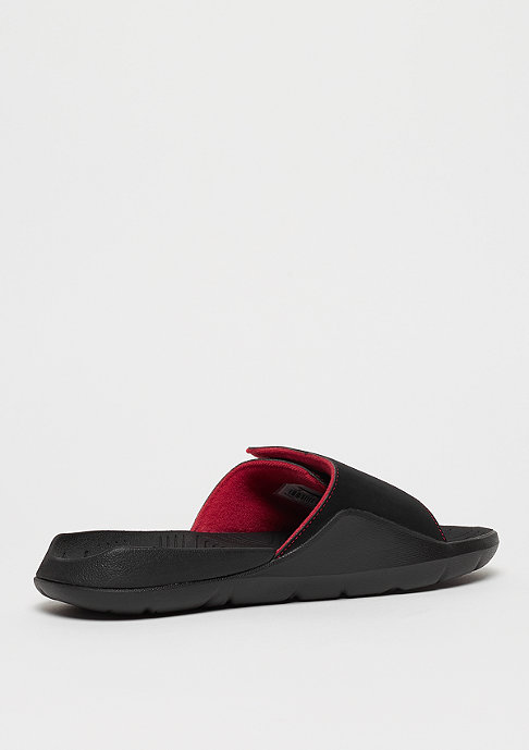 JORDAN Hydro 7 black/black/varsity red/dandelion
