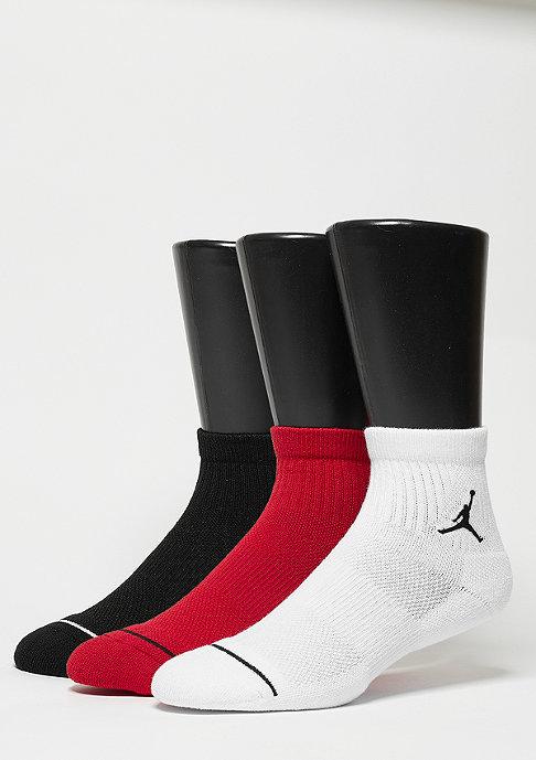 JORDAN Sportsocke Unisex Jumpman High-Intensity Quarter 3Pair black/white/red