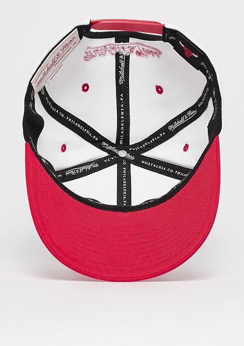 Mitchell & Ness The White Crown Team Logo 110 NBA Chicago Bulls white/red