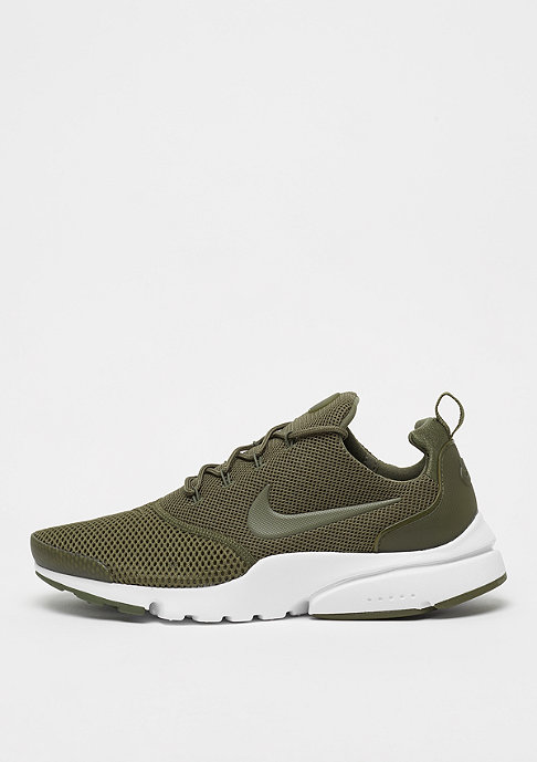 Presto Fly medium olivemedium olivewhite