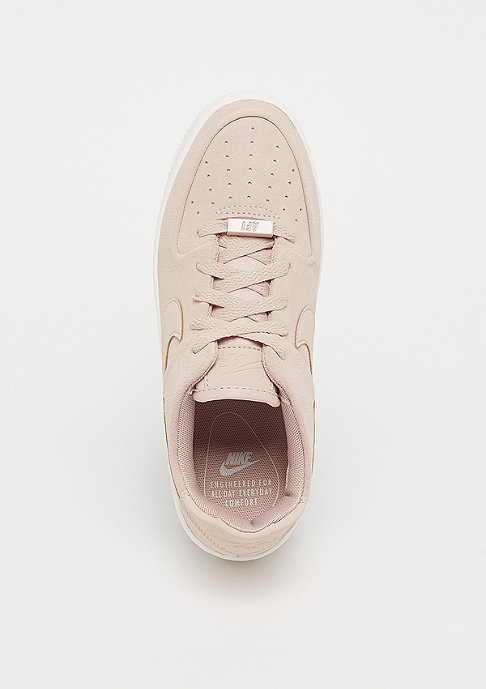 NIKE WMNS Air Force 1 Sage low particle beige/particle beige/phantom