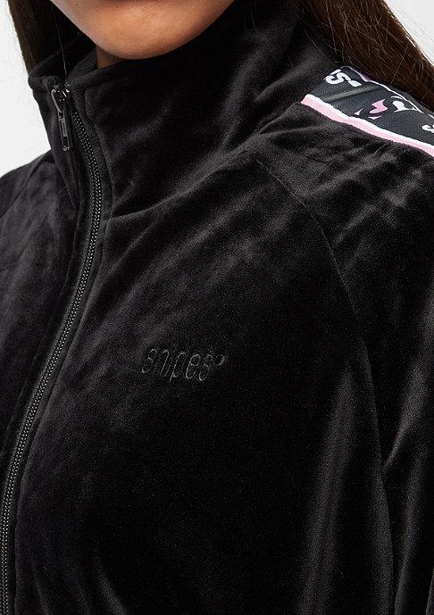 SNIPES Velvet Chest Logo black