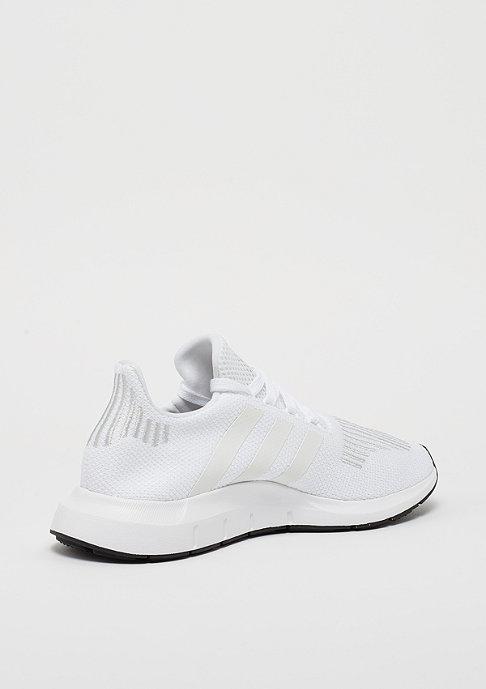 adidas Swift Run white