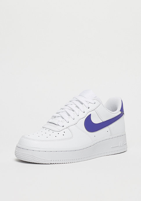 NIKE Wmns Air Force 1 white/rush violet-white