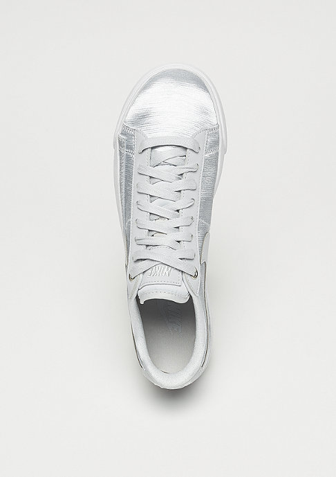 NIKE Wmns Blazer Low pure platinum/pure platinum-white