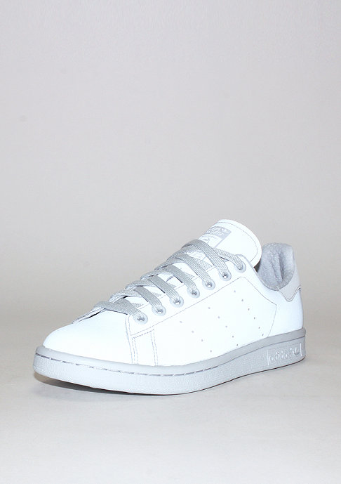 Stan Smith Halo