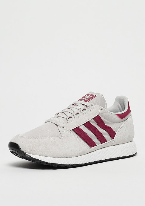 adidas Forest Grove chalk pearl/white/black