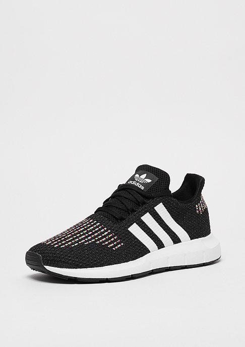 adidas Swift Run core black/ftwr white/core black