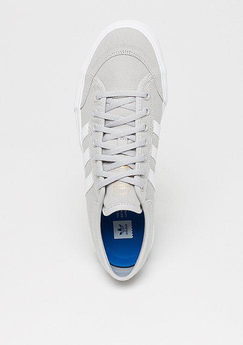 adidas Skateboarding Matchcourt grey/white/gum