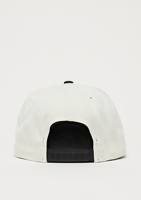 Brixton Dewey off white