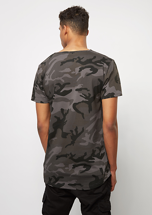 Urban Classics Camo Shaped Long dark camo