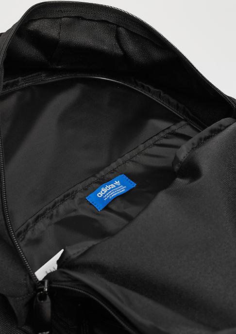adidas Classic Badges black