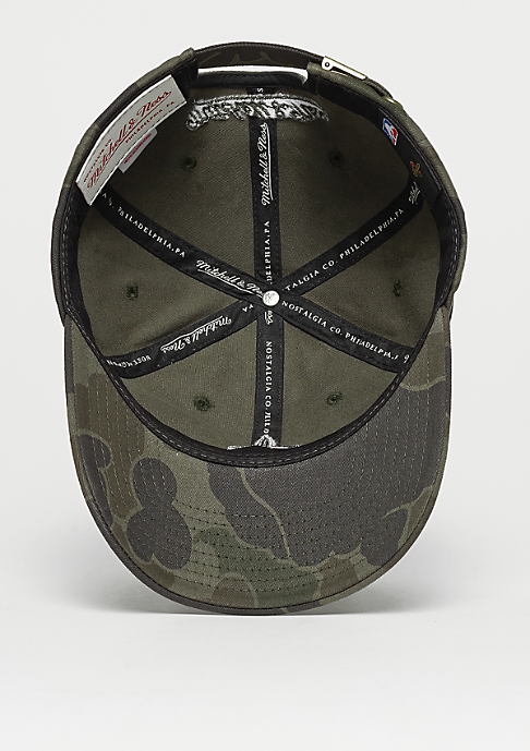 Mitchell & Ness Camo Slouch NBA Cleveland Cavaliers green camo