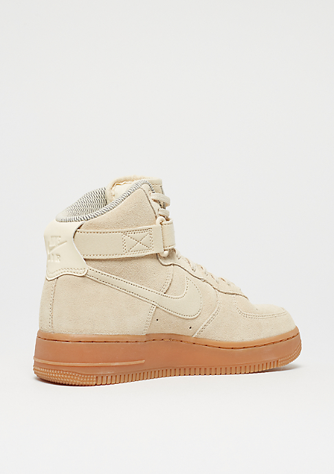 NIKE Wmns Air Force 1 Hi SE muslin/muslin/gum med brown