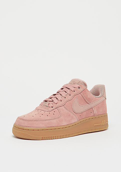 NIKE Wmns Air Force 1 07 SE particle pink/particle pink