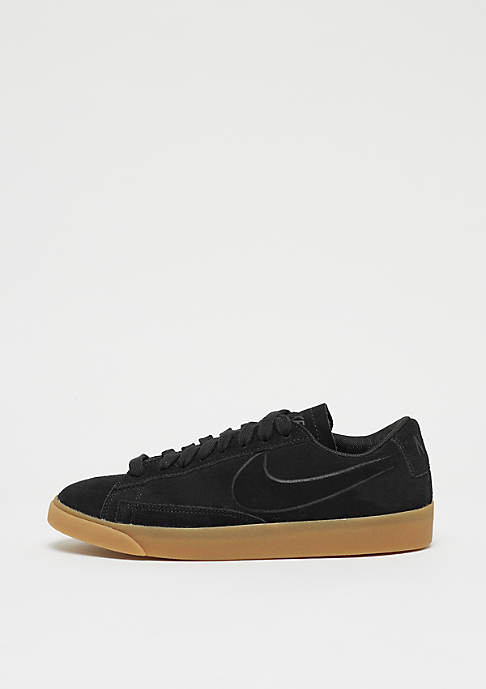 NIKE Wmns Blazer Low black/black/gum light brown