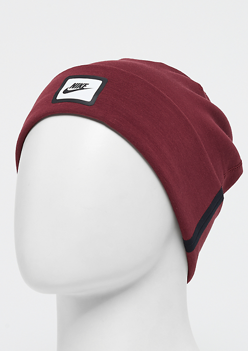 NIKE Tech Beanie dark team red/back/white