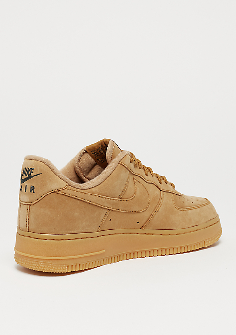 NIKE Air Force 1 07 WB flax/flax/gum light brown/outdoor green