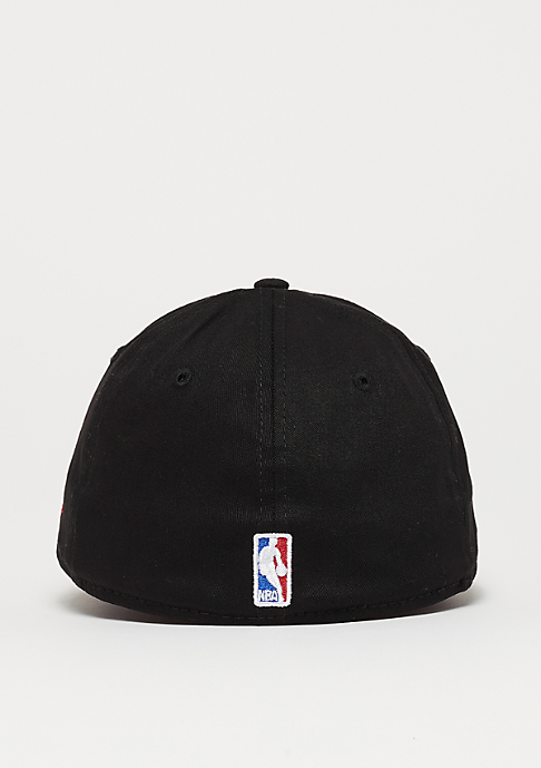 New Era 39Thirty Blackbase NBA Chicago Bulls black