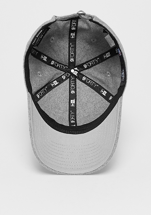 New Era 9Forty Pin NBA Brooklyn Nets grey