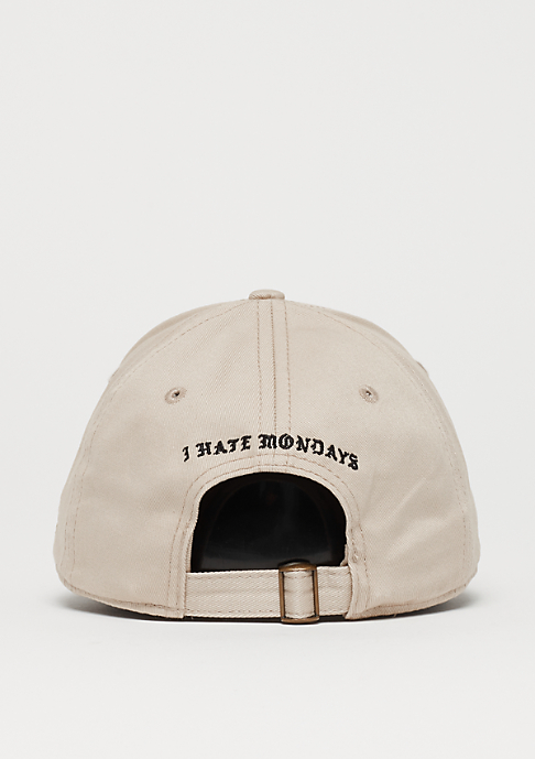 Cayler & Sons WL Merch Garfield Curved Cap sand/mc
