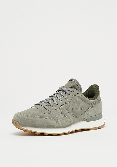 NIKE Wmns Internationalist dark stucco/dark stucco-cargo khaki-sail