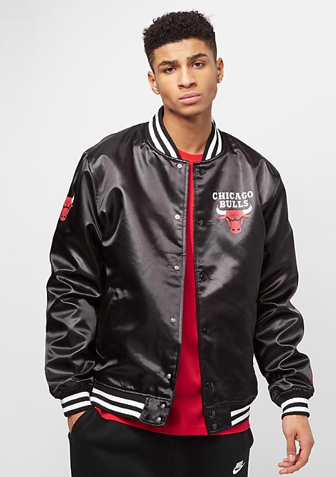 New Era Tip Off Sateen Bomber Chicago Bulls black