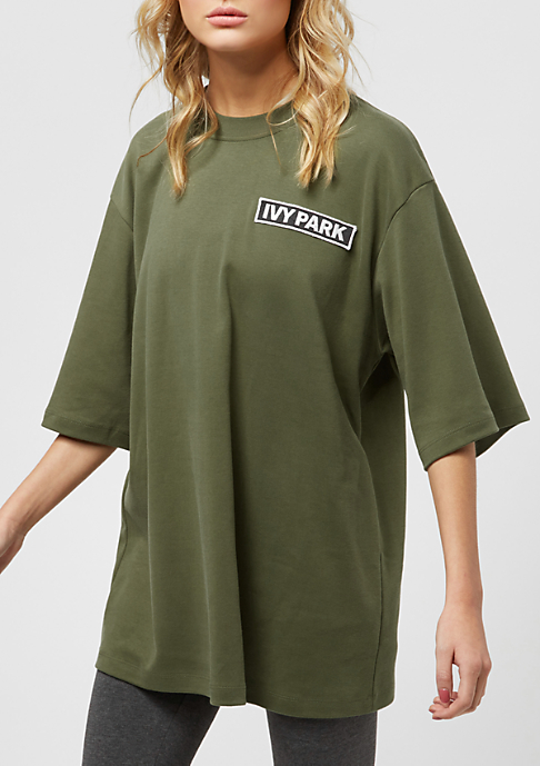 IVY PARK Badge Logo Oversized dark green