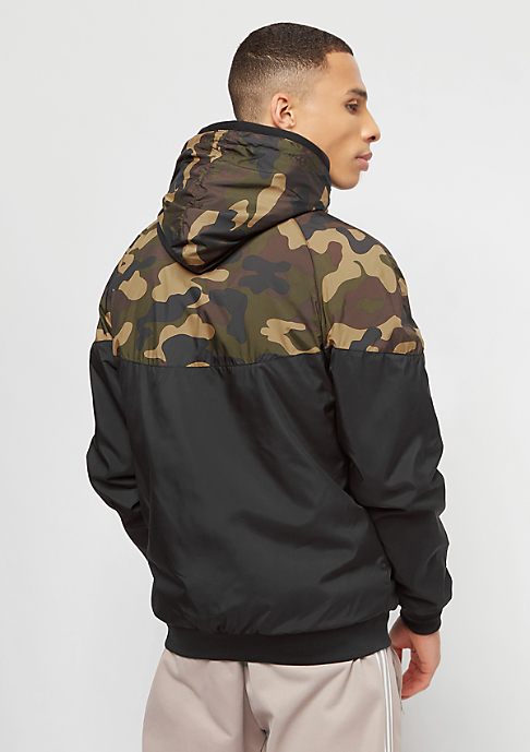 Urban Classics Pattern Arrow black/woodcamo