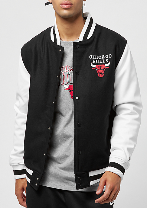 New Era Contrast Varsity Jacket NBA Chicago Bulls black white
