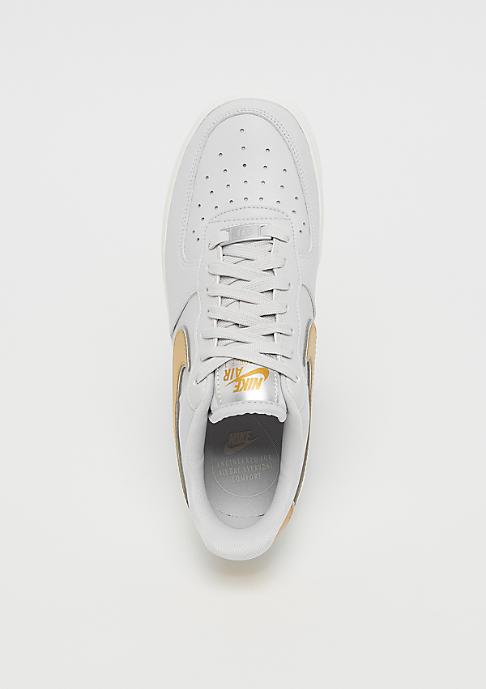 NIKE Air Force 1 07 vast grey/metallic gold/summit white
