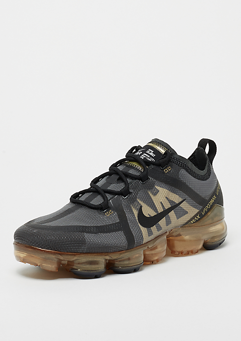 NIKE Air VaporMax 2019 black/black/metallic gold
