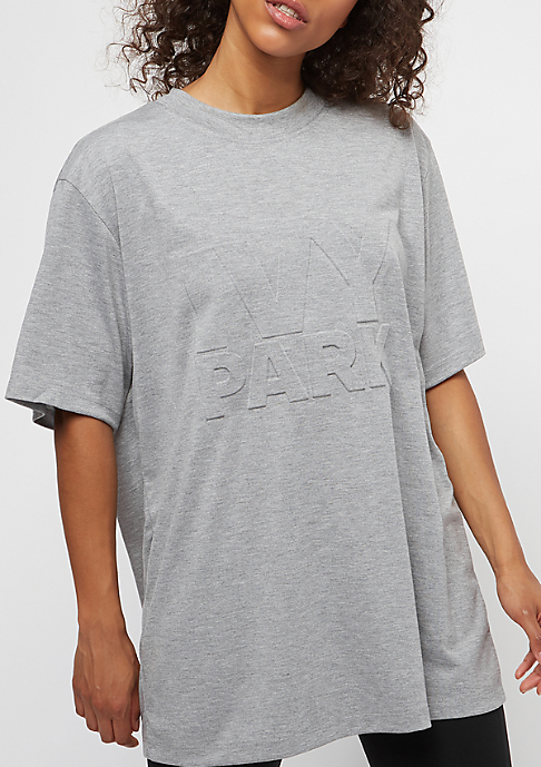 IVY PARK Embossed Oversized Logo grey marl
