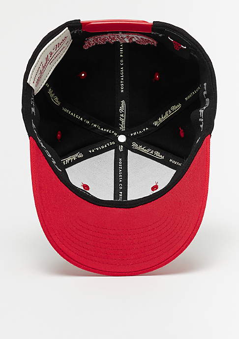 Mitchell & Ness Team Logo 2 Tone 110 NBA Chicago Bulls black/red