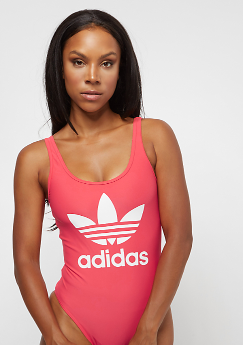 adidas 3-Stripes core pink