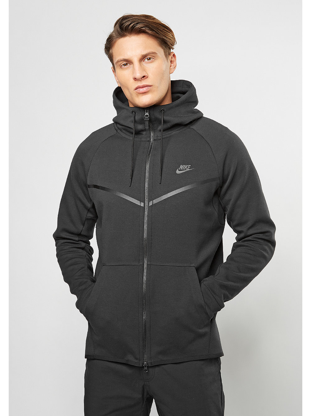 nike bergangsjacke tech fleece windrunner hoodie black. Black Bedroom Furniture Sets. Home Design Ideas