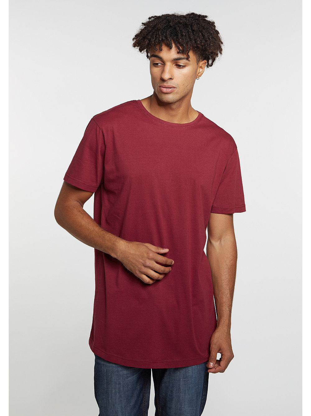urban classics t shirt shaped long tee burgundy bei snipes. Black Bedroom Furniture Sets. Home Design Ideas