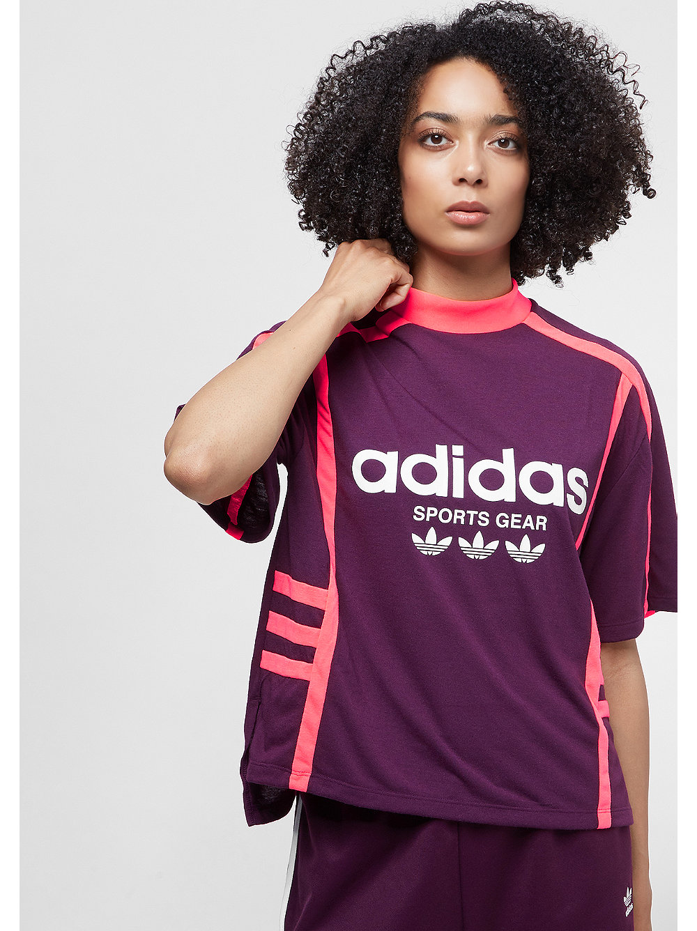 Camiseta adidas Originals OG AA-42 en SNIPES cfe928987fadf