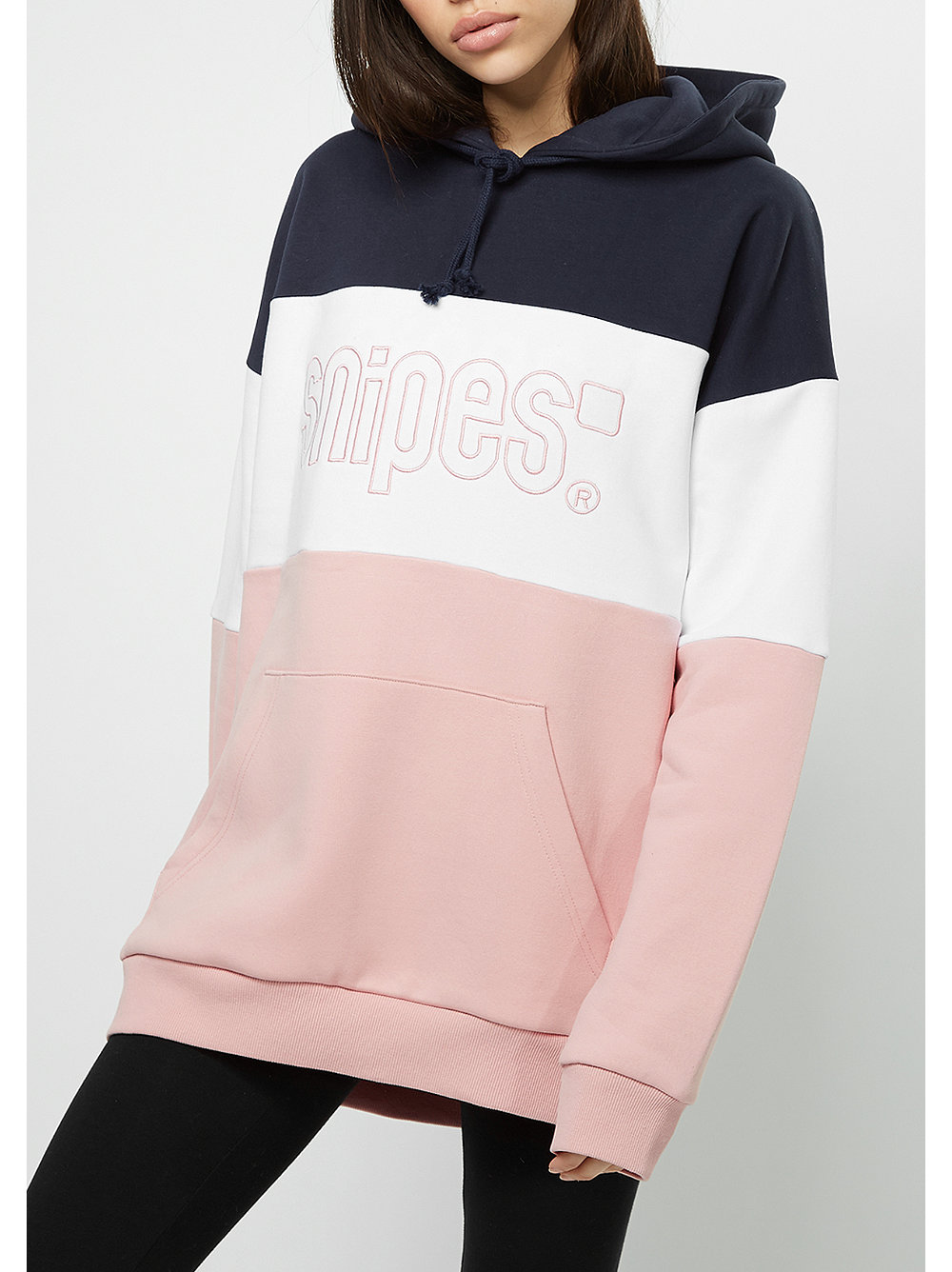 das hooded sweatshirt oversized pink im snipes onlineshop. Black Bedroom Furniture Sets. Home Design Ideas