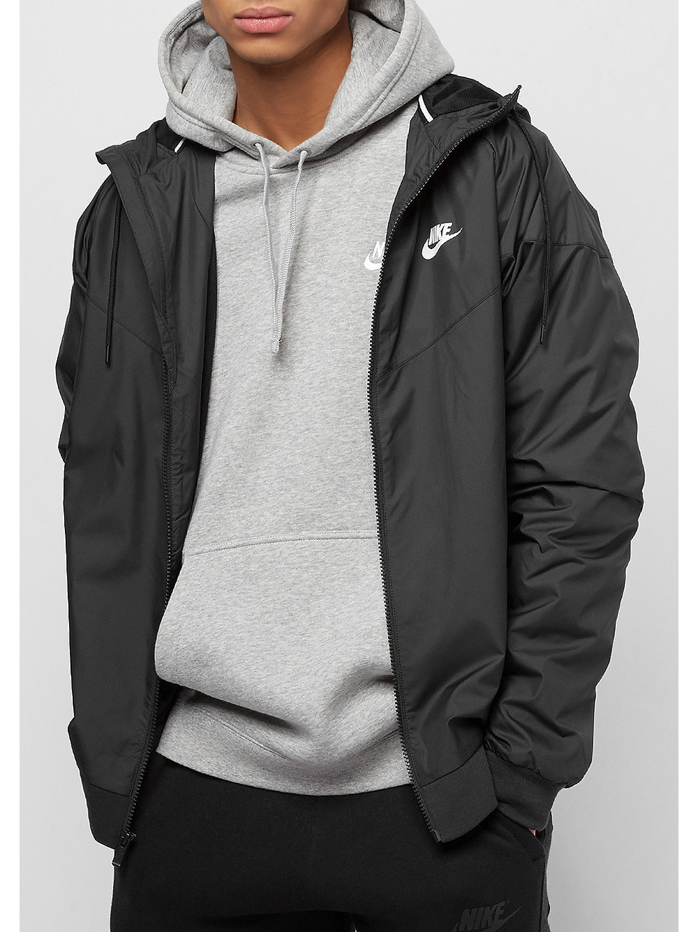 1e67aa53e9806 NIKE Windrunner Jacke black bei SNIPES bestellen
