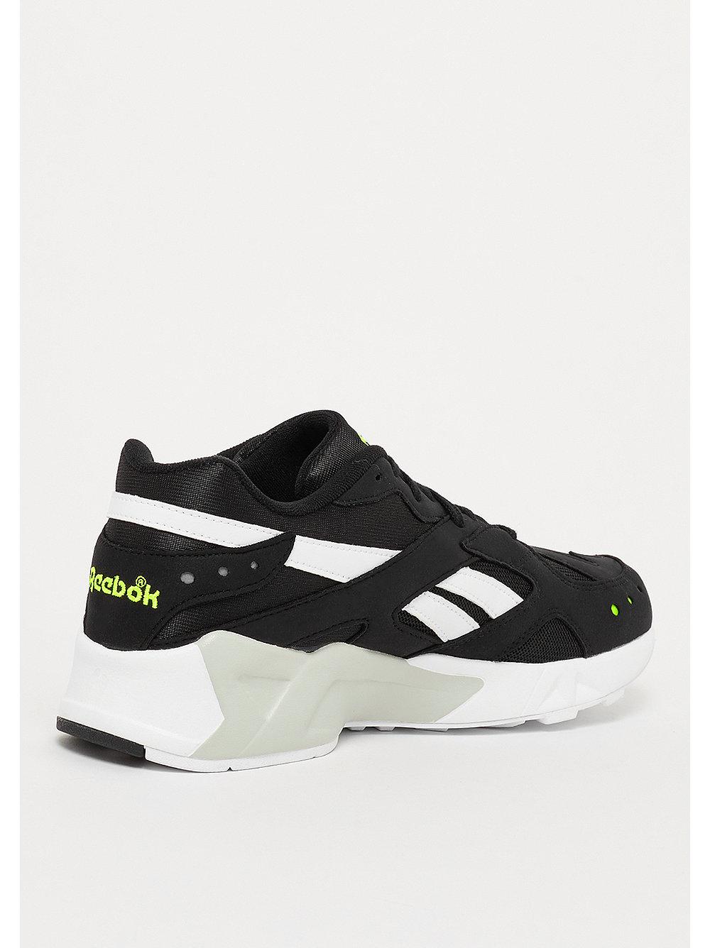 70cbc2fd0cc reebok aztrek black Reebok Aztrek black sneakers bij SNIPES bestellen!