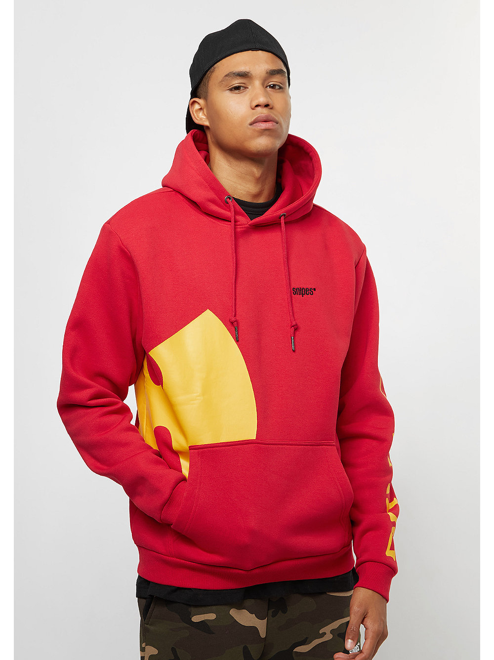 snipes x wu tang clan chest logo hoodie red bei snipes. Black Bedroom Furniture Sets. Home Design Ideas