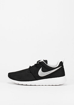 NIKE Laufschuh Roshe One (GS) black/metallic silver/white