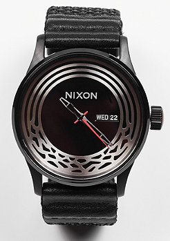 Nixon Uhr Sentry Woven Star Wars Kylo black