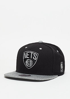 Mitchell & Ness NBA Snapback-Cap Greytist Brooklyn Nets black/grey