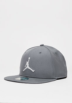 Fitted-Cap Jumpmann cool grey/white