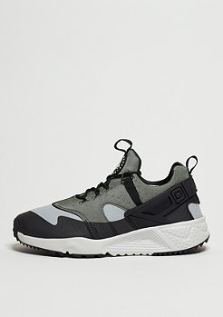 NIKE Laufschuh Air Huarache Utility grey/light ash/grey