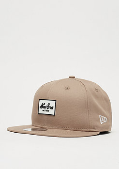 New Era 9Fifty Rubber Script Patch camel