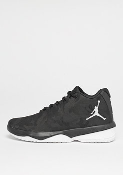 Jordan B.Fly black/white