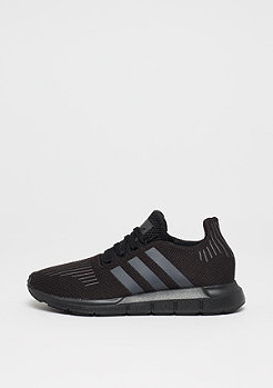 adidas Swift Run core black